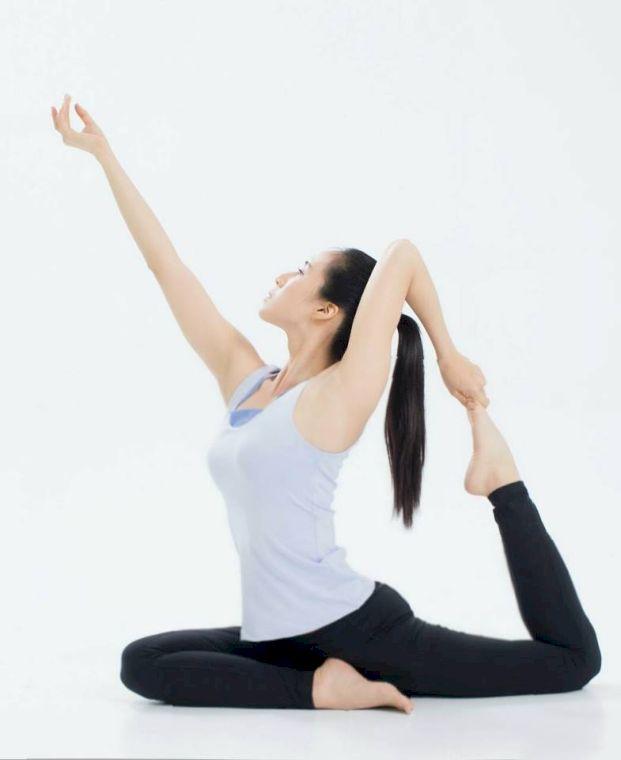 李詹瑩從瑜伽找回健康的體態。