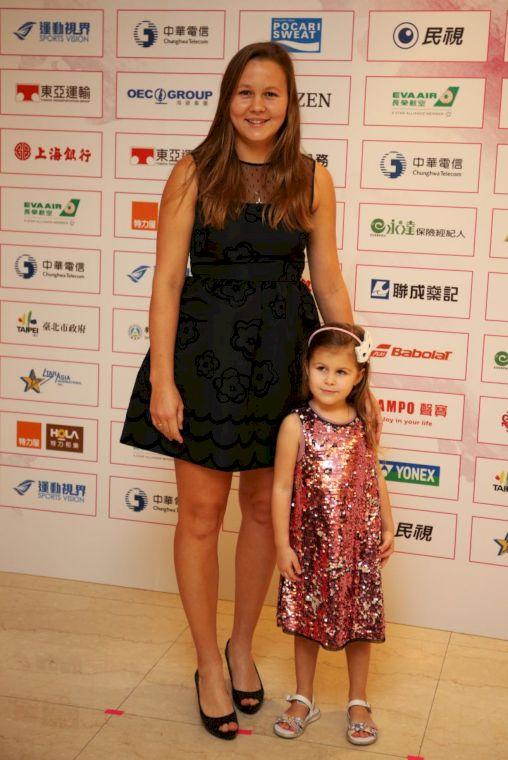 蘿迪娜帶著四歲女兒亮相非常可愛。李天助攝